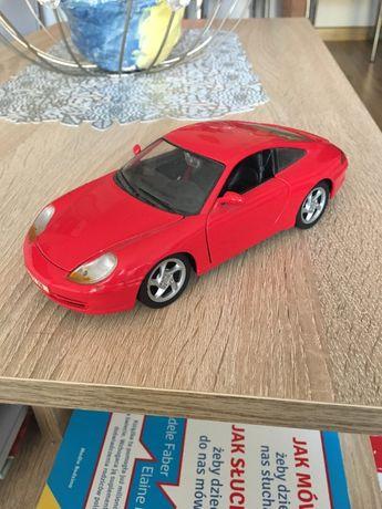 Porsche 911 Carrera (1997) Burago skala 1:24
