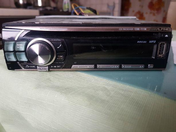 Alpine CDE 111 R MP3 CD  USB