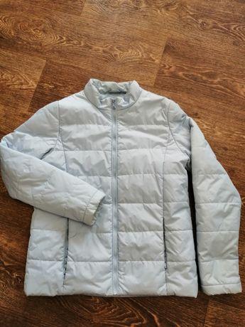 Курточка осенняя светло голубая