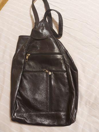 Кожаная сумка рюкзак новая кожа гладкая