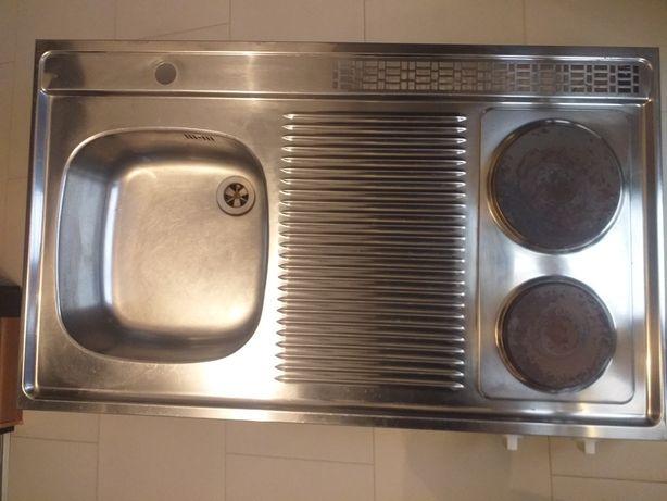 Zlew z kuchenką elektryczną