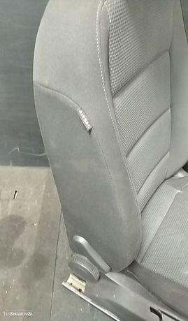 Airbag Banco Direito Volkswagen Golf Vi (5K1)