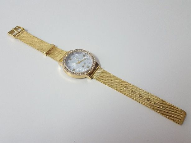 R0165 Relógio Quartz com Bracelete Metalica Gold Luxury