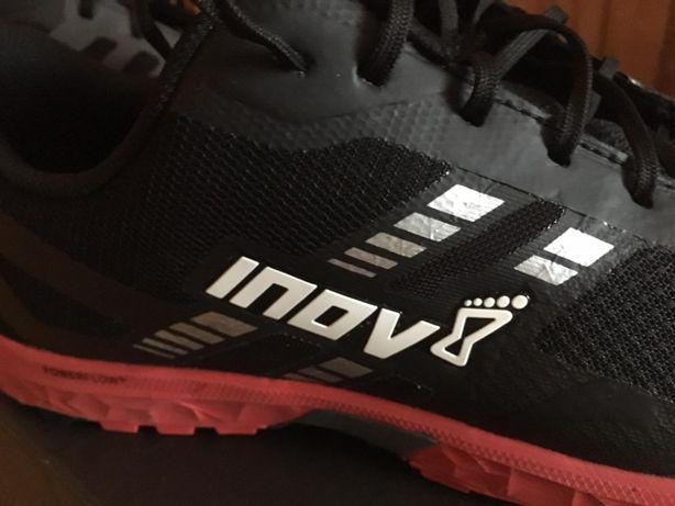 Buty biegowe do biegania po górach, INNOV Trailroc 270 44.5