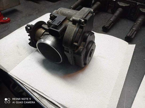 Przepustnica 1.8 turbo Audi