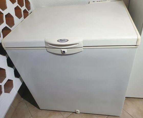 Arca frigorifica Whirlpool AFG 5221-L