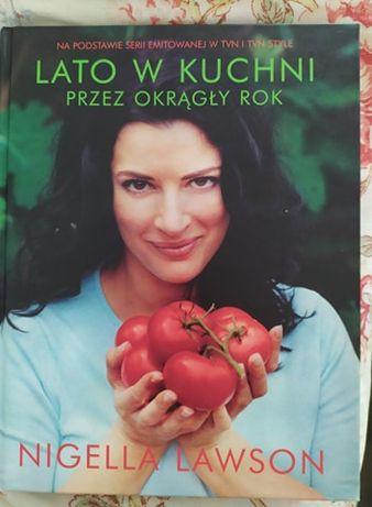 """Książka N. Lawson """"Lato w kuchni"""""""