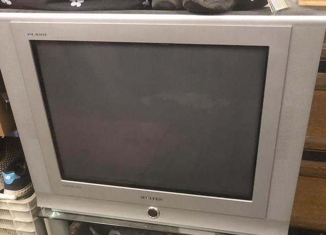 Telewizor kineskopowy sprawny stan BDB