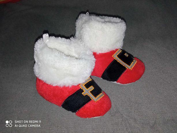 Mikołajowe buciki niechodki dla dzidzi