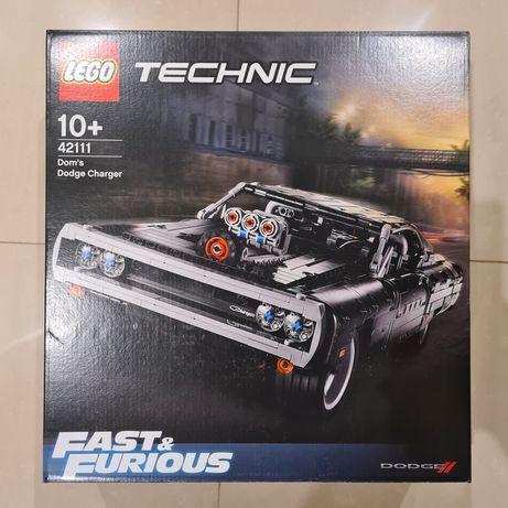 LEGO® Technic™ Dom's Dodge Charger (42111) NOVO