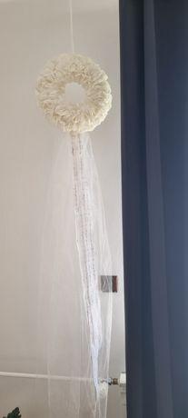 Koło wianek na drzwi ślub