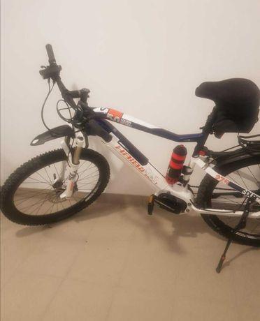 Sprzedam rower elektryczny Haibike Hardseven