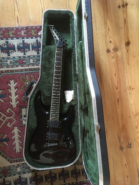 Jackson dkmgt guitarra electrica pickups emg hz + estojo