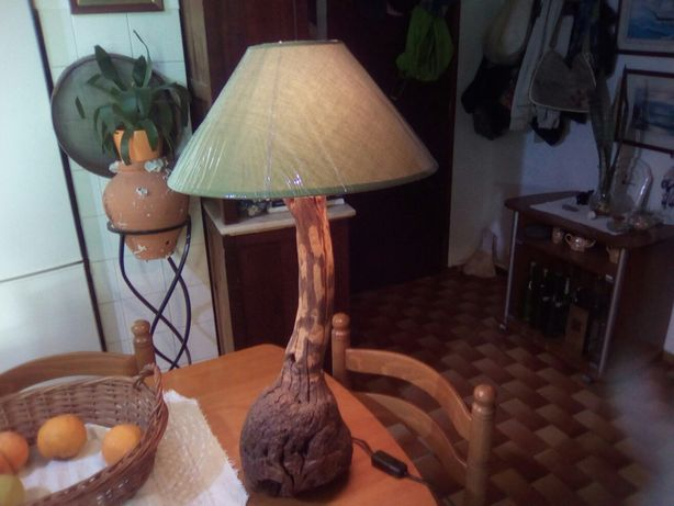 Candeeiro em madeira artesanato