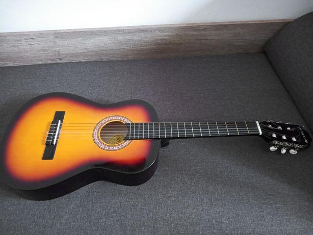 Gitara klasyczna Suzuki