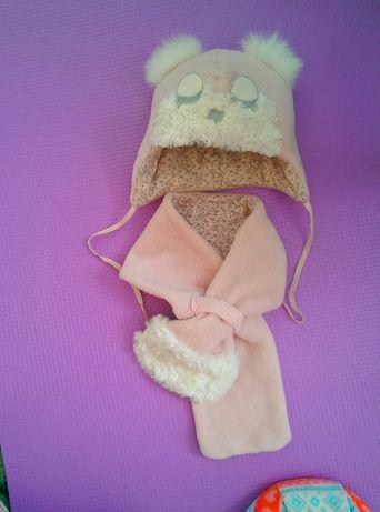 Шапочка зимняя и шарфик