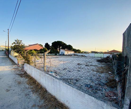 Terreno na Quinta da Marquesa / Palmela 1100 m2 c/ projecto aprovado