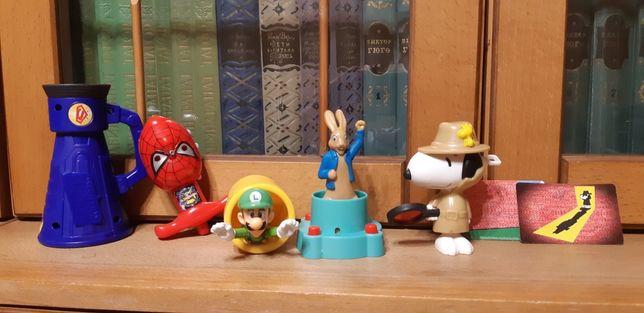 игрушки с Макдональдса и юла Человек паук