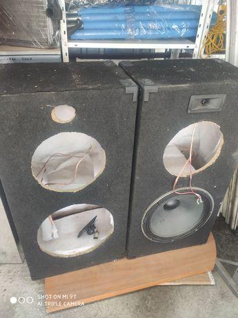Obudowy kolumn głośnikowych