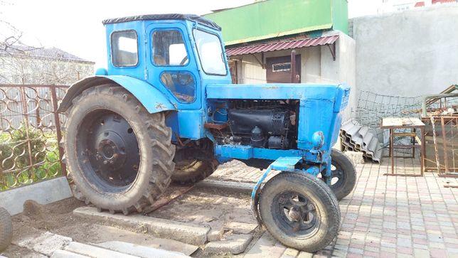 Продам трактор Т-40М
