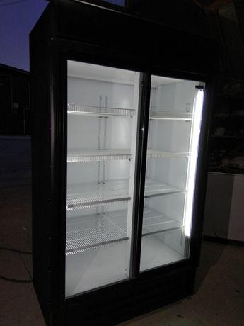 Холодильник-шкаф (витрина вертикальная) Б/У, состояние супер