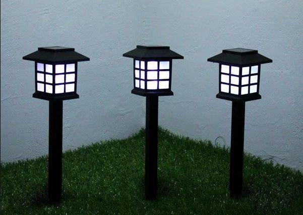 Грунтовий світильник на сонячній батареї домік / Садовый светильник