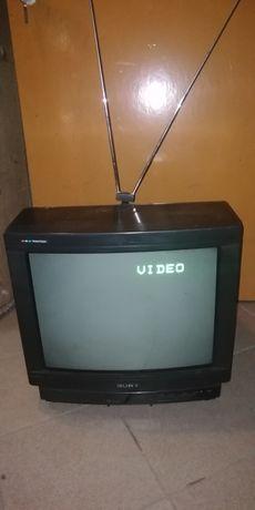 Sprzedam telewizor Sony KV-2184MT