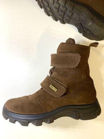 Замшевые зимние ботинки 31 размера