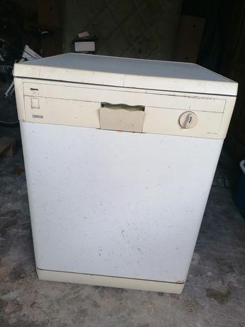Venda de máquina de lavar loica