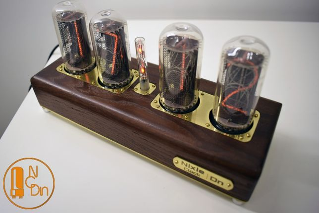 часы Nixie Clock MAXIMUM на советских индикаторах ИН-18