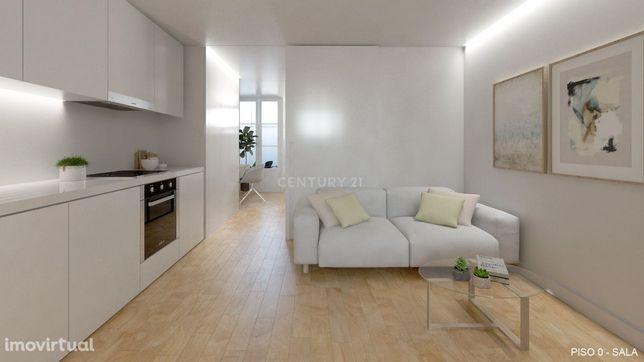 Apartamento 100% novo elegível para Golden Visa e Alojamento Local, ju