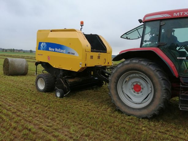 NEW HOLLAND BR 7060 ,2011r cropcutter II
