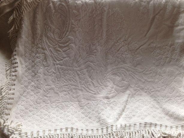 Colcha em algodão ( cama casal)