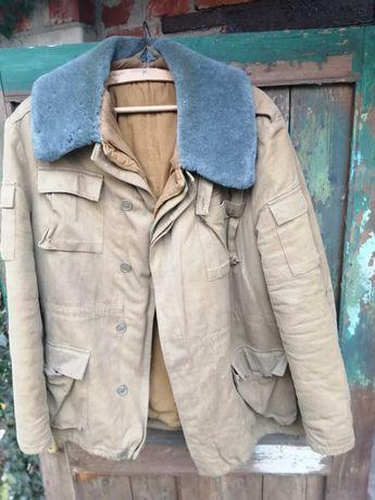 Продаю зимний бушлат офицерский  и штаны ватные Советской Армии
