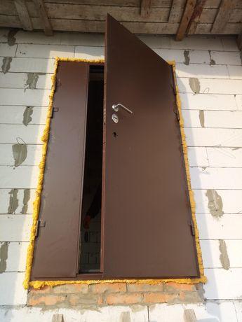 Технические двери металлические. Решётки на окна.