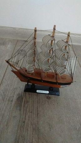 Model statku drewniany