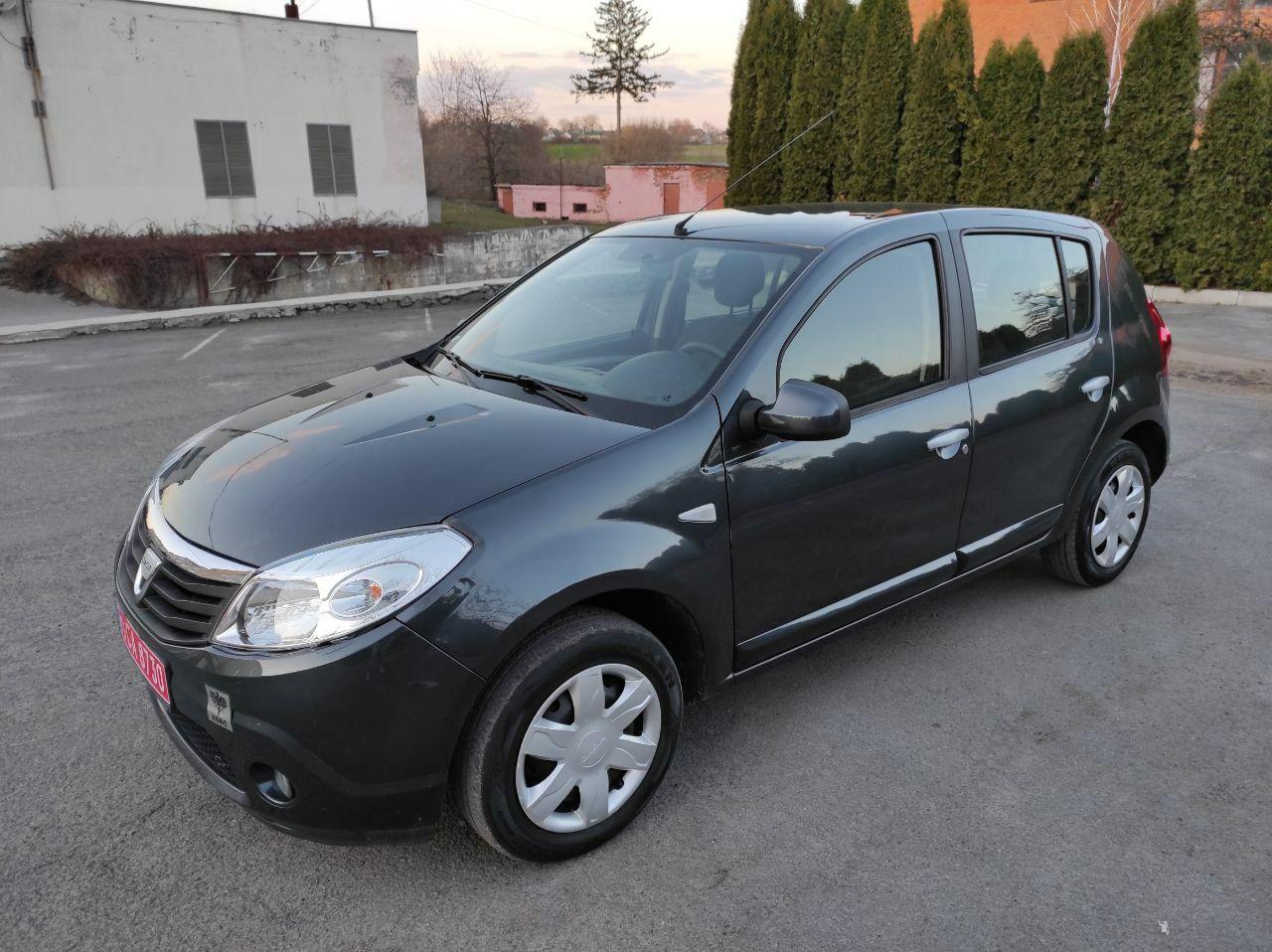 Автомобіль Dacia Sandero   1.4 Газ/бенз