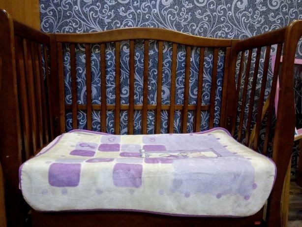 Продам детскую кроватку бу