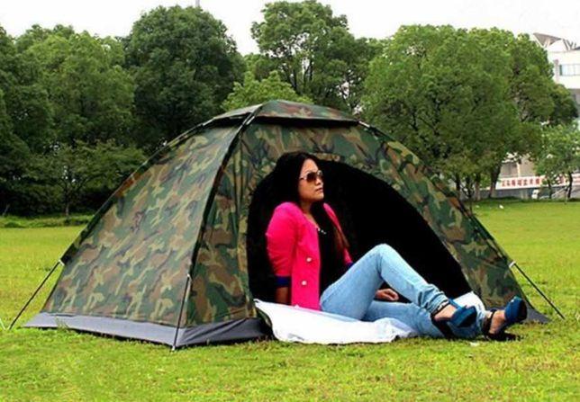 Палатка туристическая 3 местная имеет поддон и москитной сеткой
