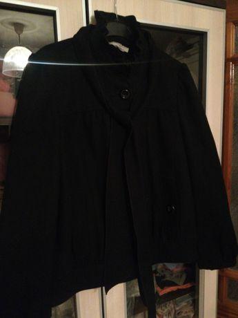 Czarny płaszczyk rozmiar 38