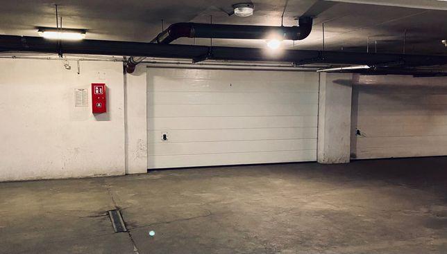 Sprzedam garaż ul. Strońska Wrocław (bezpośrednio od właściciela)