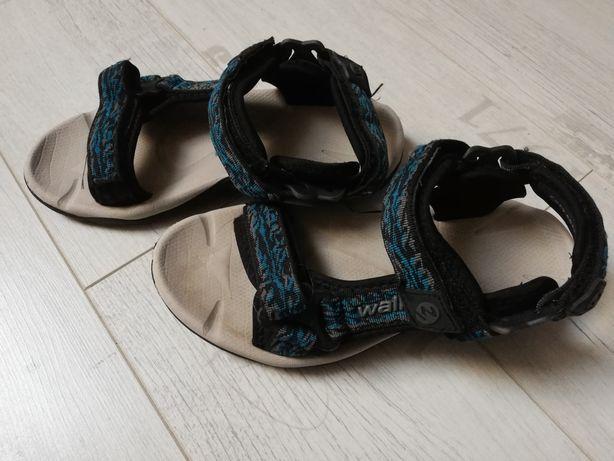 Sandały rozmiar 33