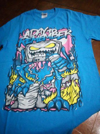 T-shirt usada, bom estado