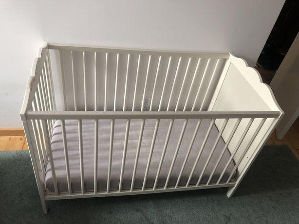 Łóżeczko dziecięce drewniane 120x60