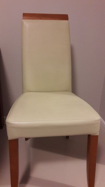 Krzesła drewniano- kremowe 3 szt.