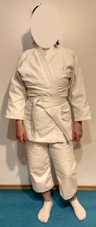 Продаю кимоно / костюм для единоборств