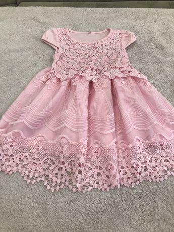 Роскошное платьице для маленькой принцессы