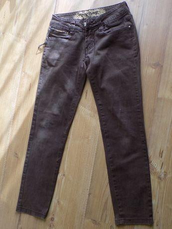 spodnie brązowe jeansowe 146cm