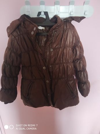 Camisolas e casacos de inverno de menina
