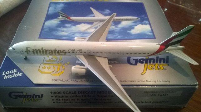 Boeing 777 300 Emirates